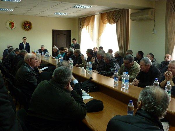 (Русский) 3 марта 2017 в здании Районного Совета Басарабяска прошел семинар по пчеловодству