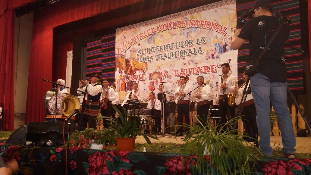 """Конкурс-фестиваль """"Бате доба лэутаре"""" впервые в Молдове , впервые в районе Басарабяска."""