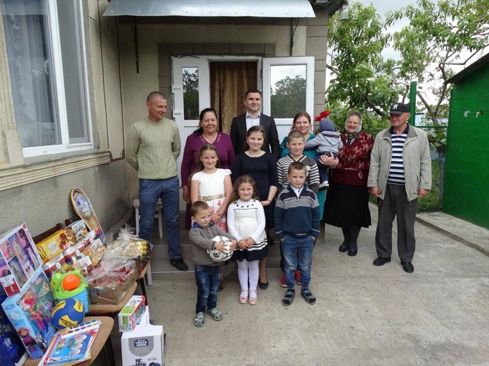 Помощь президента  Республики Молдова, И.Н. Додон многодетной семье в районе Басарабяска