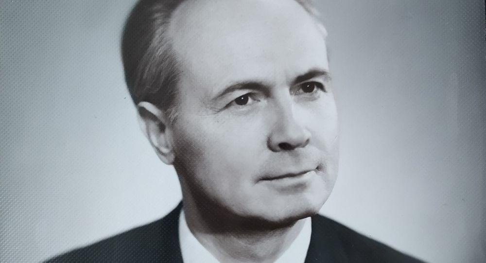 Школа имени героя : память Ивана Бондарева увековечили ученики